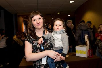 Catherine Legault et son fils (photo: Maryse Boyce)
